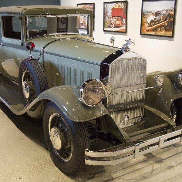 1929 Pierce Arrow Model 133 Coupe