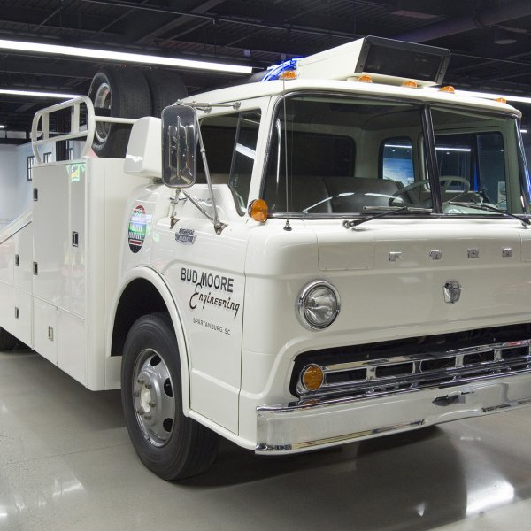 1966 Ford Transporter - Bud Moore